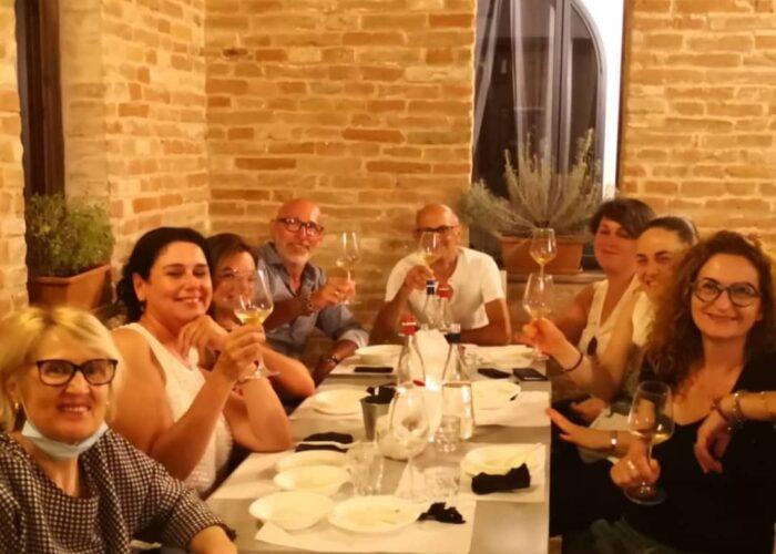 serate a tema connubio di vino